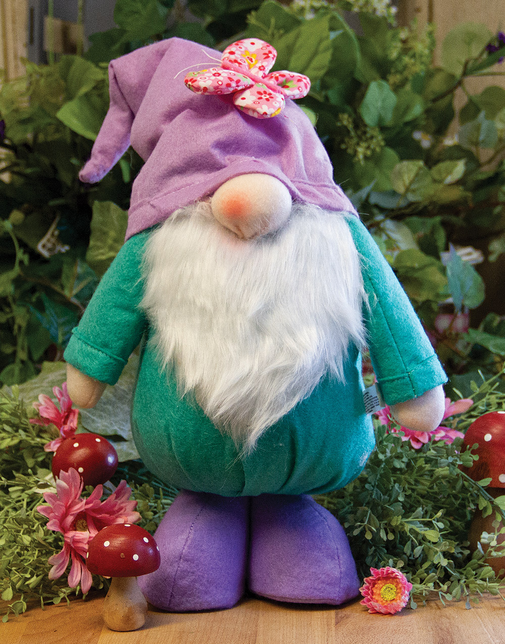 Hanna's Greenhouse Gnome – Teal/Purple
