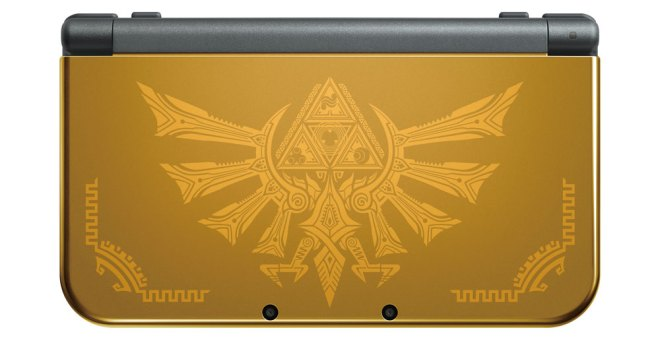 I am a gorgeous 3DS XL you desperately desire. I am all tricked out in gold sparkles. Check out my Hylian pride.