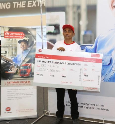 Eko Yulianto dari PT. Duta Lintas Nusa sebagai pemenang yang akan berkompetisi mewakili Indonesia di Jepang