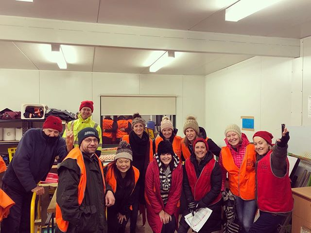 How awesome is this crew of volunteers that showed up at 6.30am to volunteer for today's awesome market 🙌 … it's the most volunteers that we ever had! And guess what, the weather is spot on for a winter market day