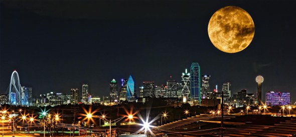 2015 Dallas Skyline Supermoon