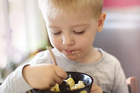 Teaching your Children to be Mindful when Eating