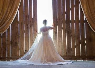 Bridal Portrait in rustic barn
