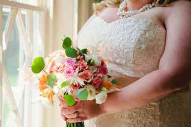 Vibrant Summer Mixed Bouquet by Fields in Bloom, Photo by Josephine May Photography