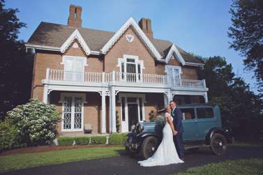 Bride and Groom with vintage car at Warrenwood Manor