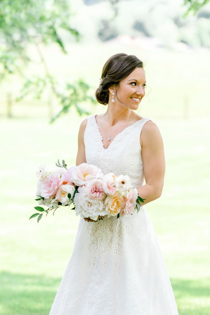 Pastel Spring Southern Chic Wedding at Warrenwood Manor - Kentucky Wedding Venue- Bride