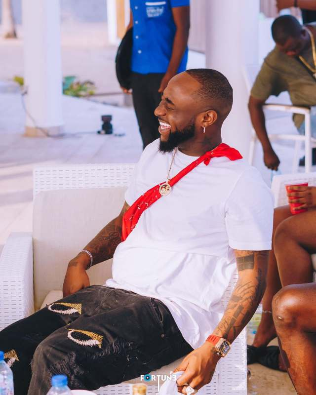 """""""O.B.O no see deal sign again"""" – Reactions as Davido bags deal with detergent brand"""