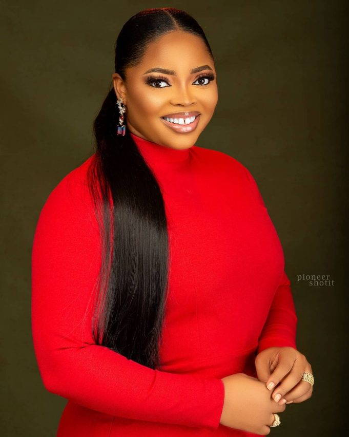"""""""She's talking too much these days"""" – Netizens drag 'Toyin baby' for dishing out advice on marriage"""