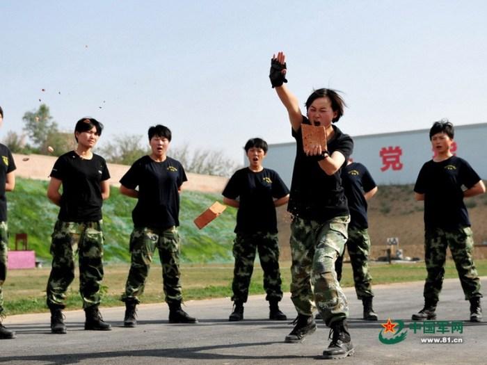 Иллюстрация №10 «Дочери большого дракона» – женский спецназ Китая (http://www.chinanews.com)