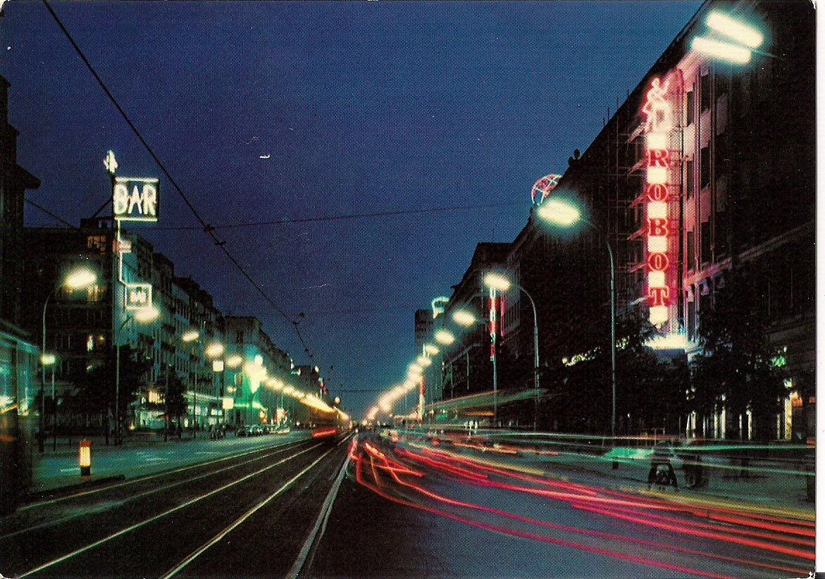Aleje Jerozolimskie nocą - ROBOT, wg fotografii barwnej P. Krassowskiego