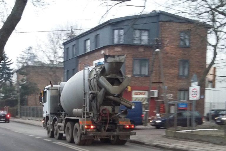 """""""Nie"""" dla tranzytu ciężarówek przez Włochy"""