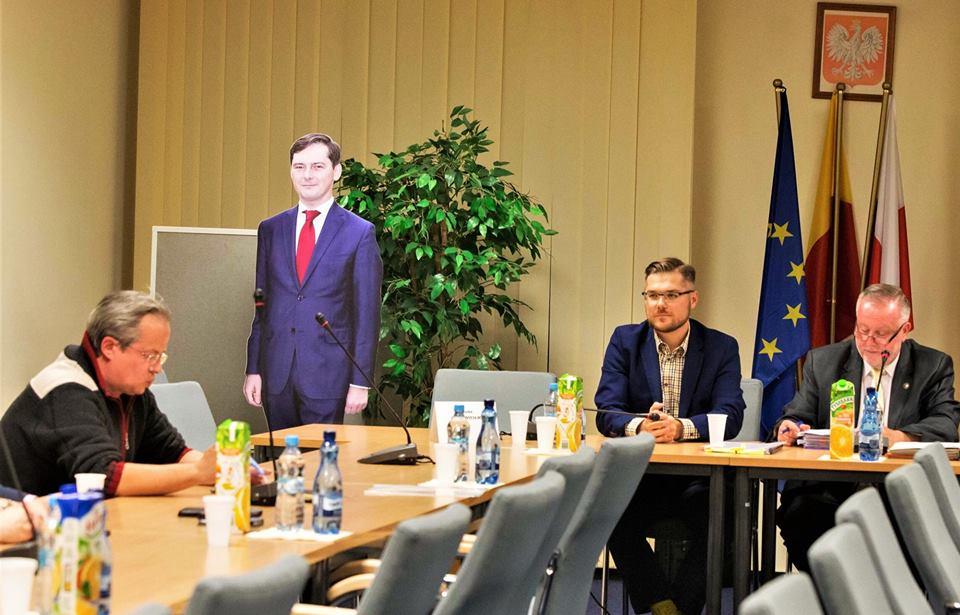 Taczka dla burmistrza Wąsowicza