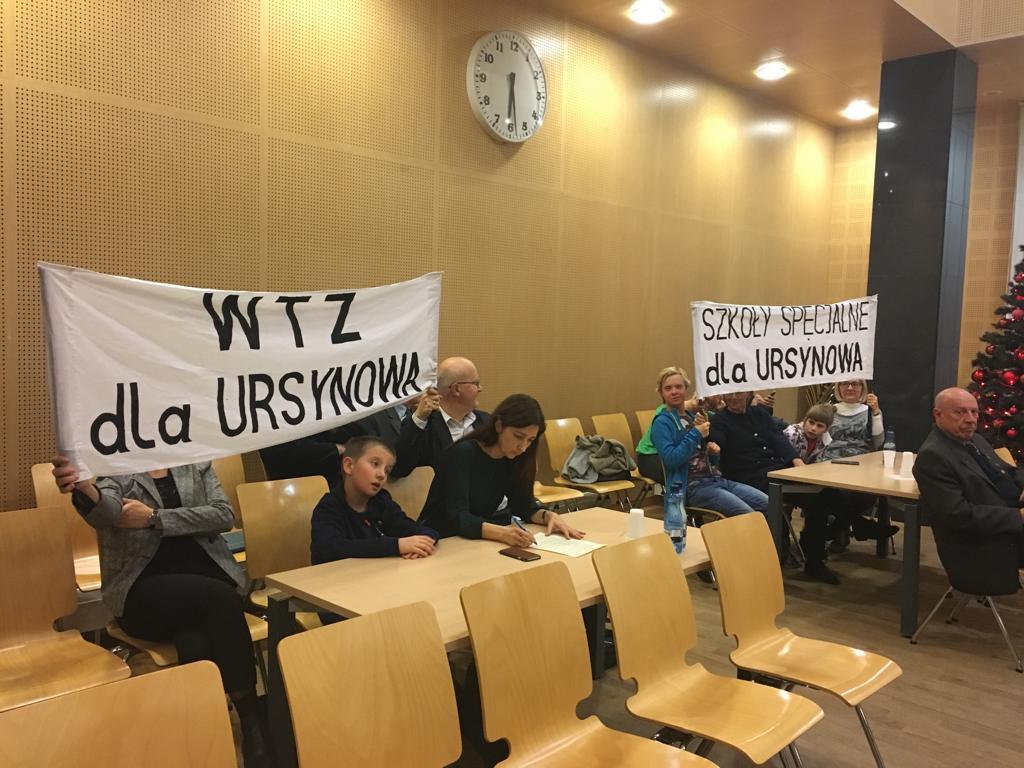 Postęp w sprawie szkoły specjalnej na Ursynowie. Stanowisko PiS przyjęte jednogłośnie!