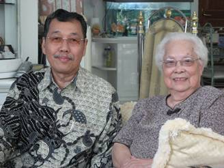 Pdt Yusman Liong dan Olce