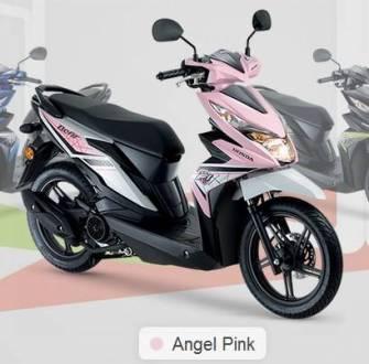 Honda Beat warna Pink di Malaysia