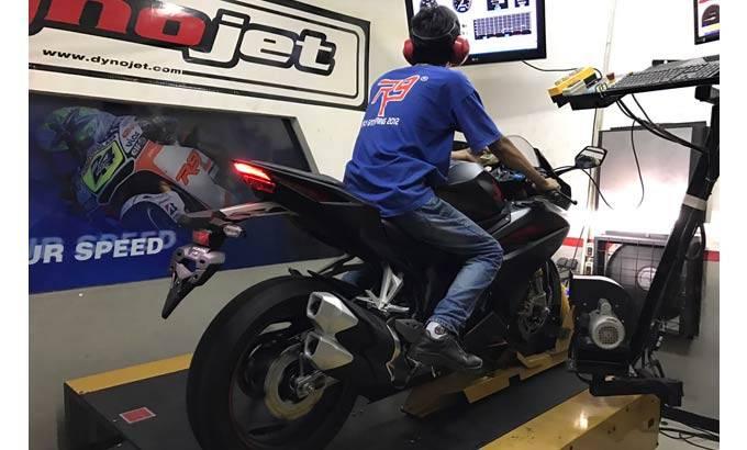 Honda CBR250RR ditest diatas Dynojet