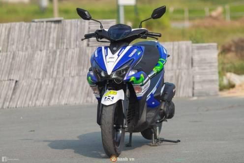 yamaha-aerox-motogp-movistar-2017-samping-kiri