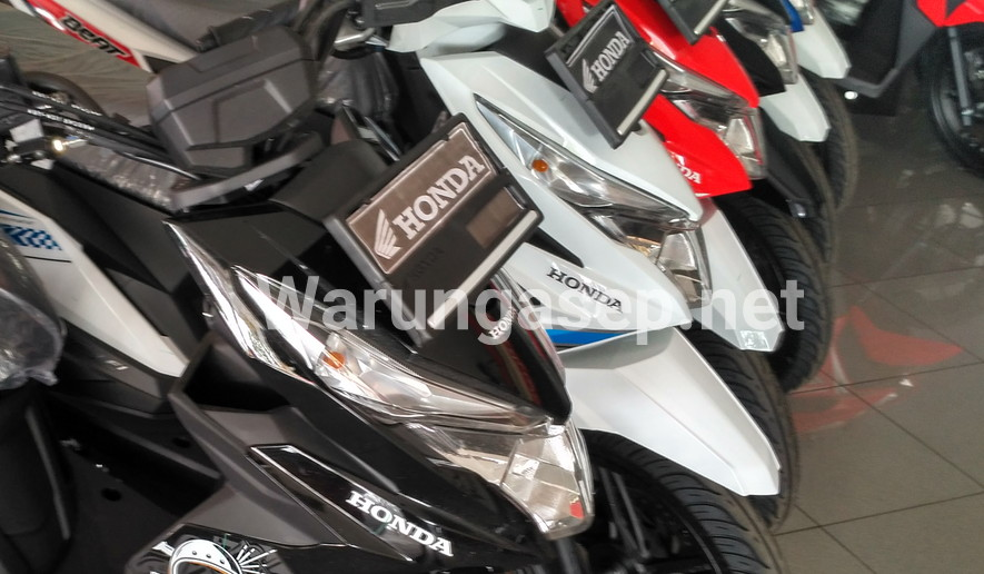 Honda Beat series terlaris November 2016