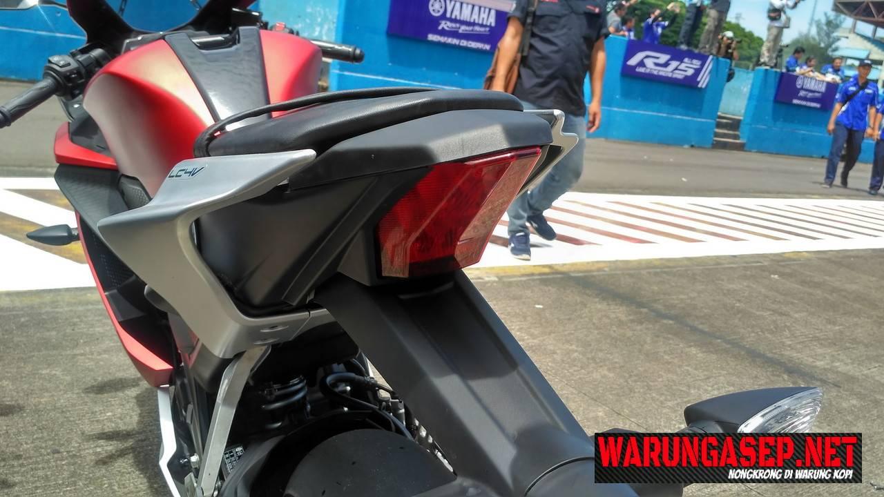 Galeri Foto Detail All New Yamaha R15 Lengkap