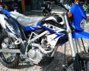 KLX 150 bf EXTREME biru 2