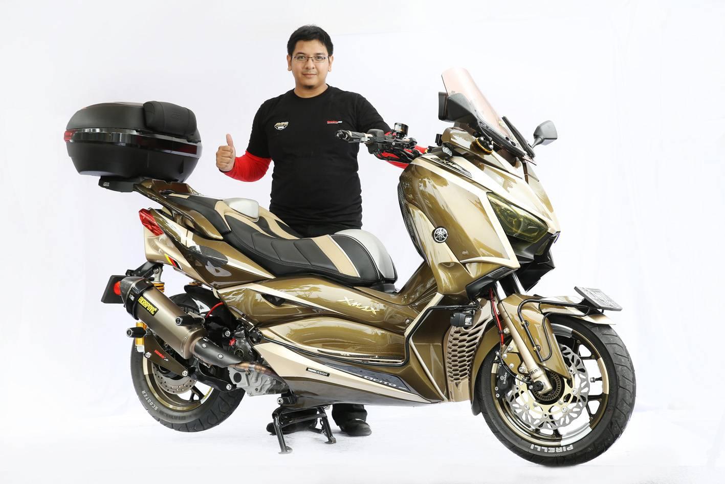 Pemenang kelas Xmax di semifinal CustoMAXI Tangerang (Muhammad Ulinnuha)