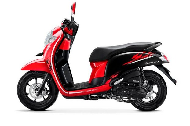 scoopy 2018 sporty red