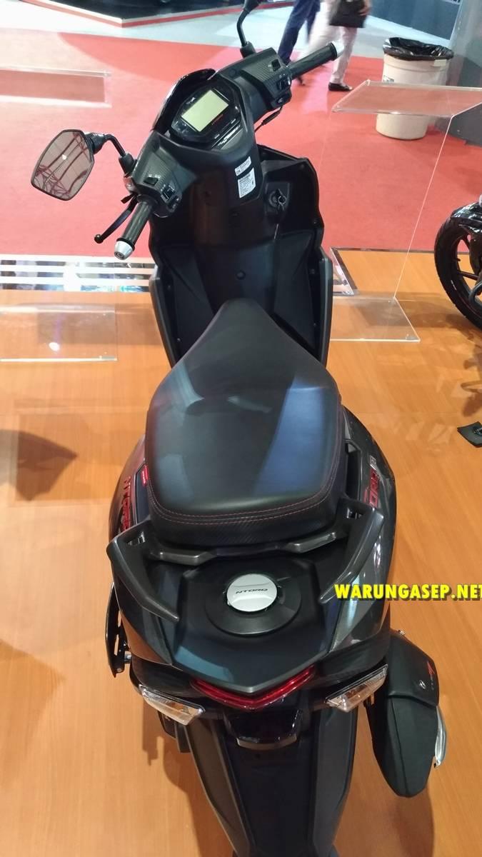 jakarta fair 2018-P_20180527_191944_vHDR_Auto-226 warungasep
