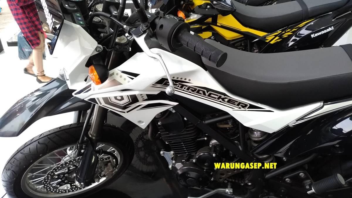 jakarta fair 2018-P_20180527_164507_vHDR_Auto-082 warungasep