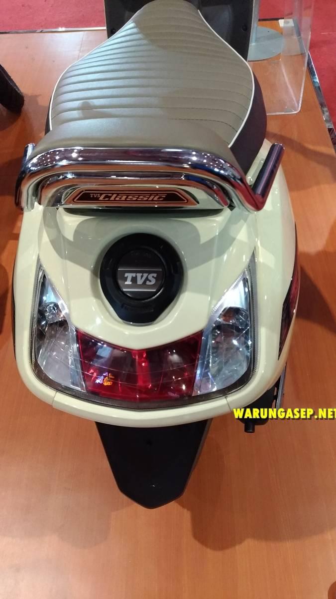 jakarta fair 2018-P_20180527_192019_vHDR_Auto-231 warungasep