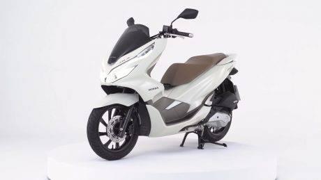 Honda Pcx 2019 Warna Barunya Mirip Ultraman Warungasep