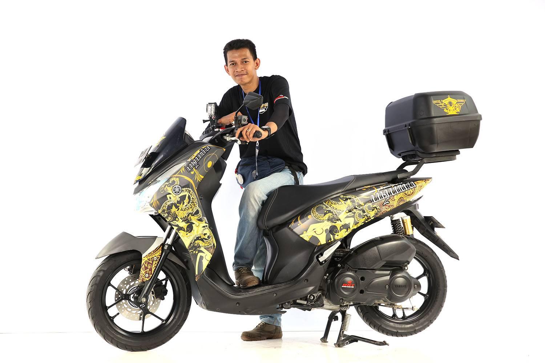 Pemenang Kategori Rising Star Lexi CustoMAXI Surabaya (2)