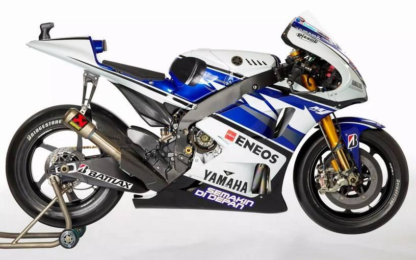 Yamaha M1 2012