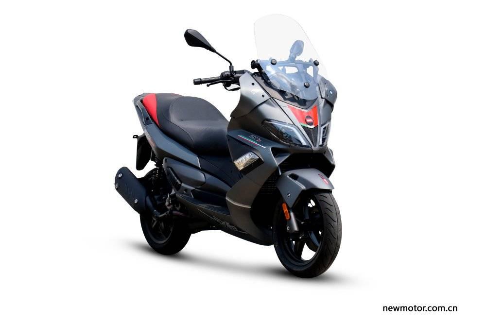 aprilia sr max 250cc 2020 1