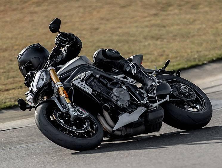 Triumph Speed Triple RS 1200 2021 3
