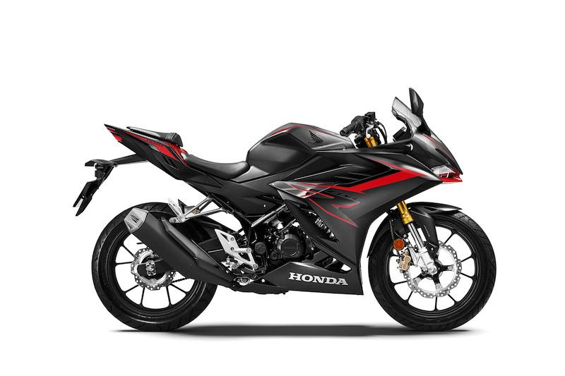 Honda CBR150R 2021 Malaysia hitam
