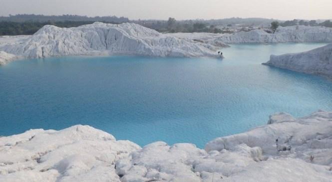 "Indahnya ""Danau Salju"" Di Indonesia Ini"