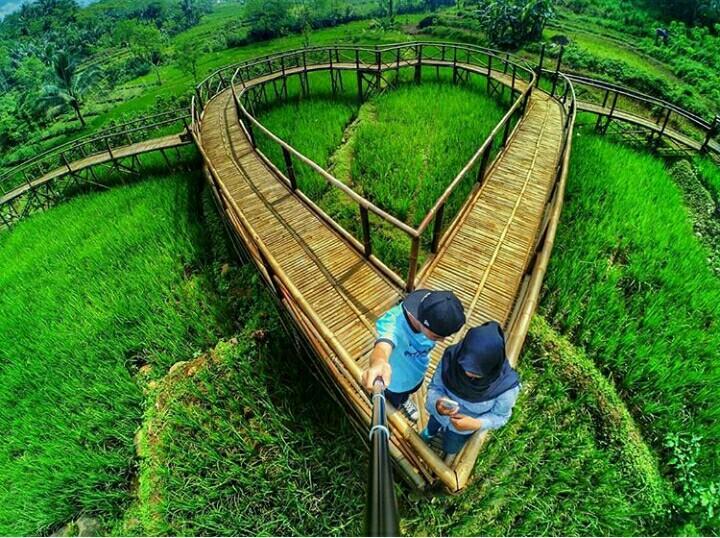 Jembatan Cinta Panusupan