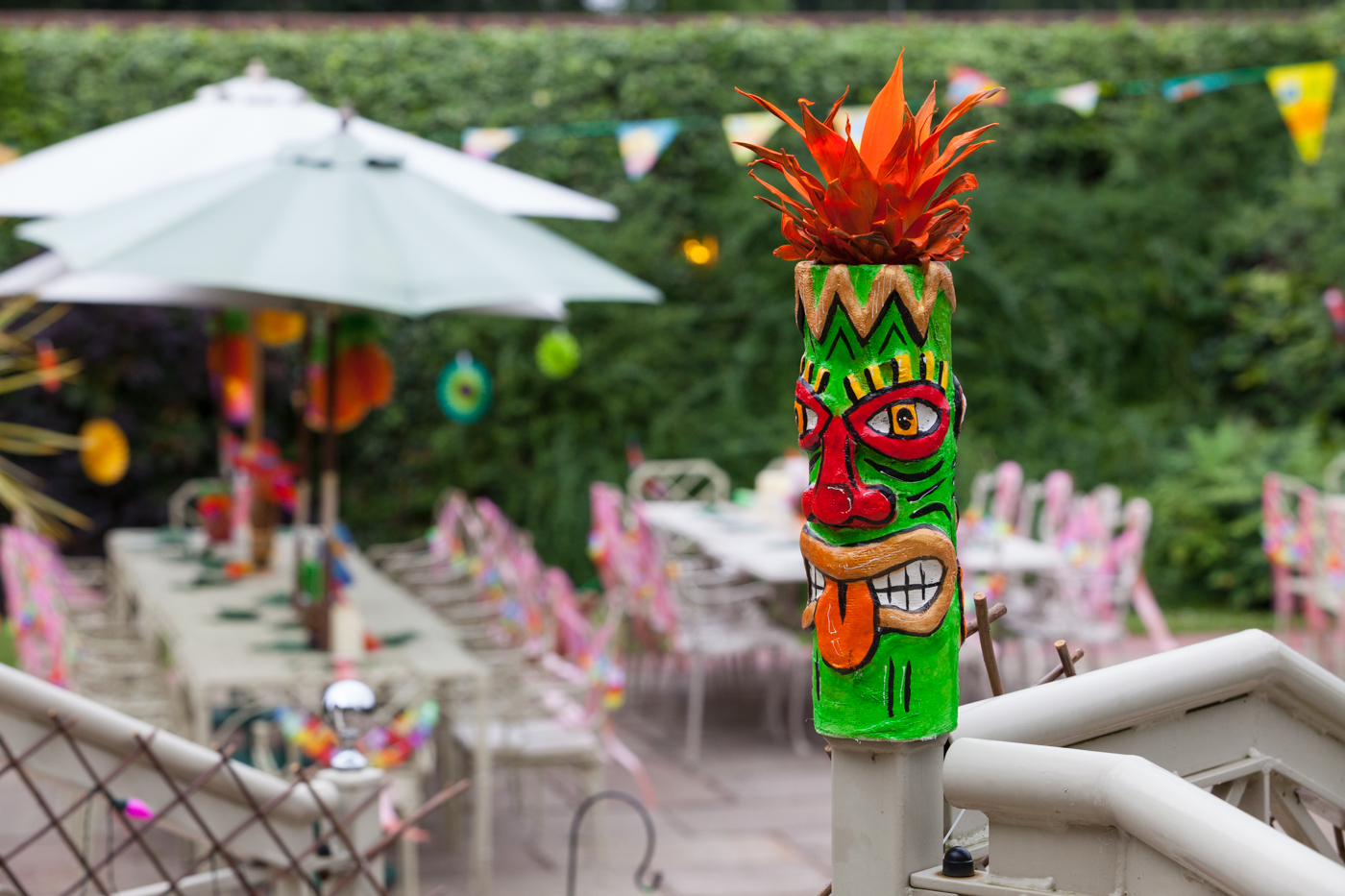 Brightly coloured sustainable event décor