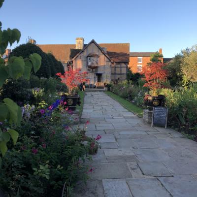 Shakespeare's birthplace lush gardens and Tudor house