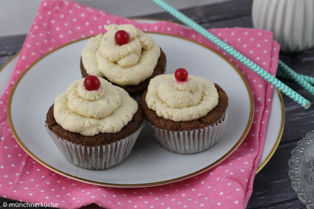 Cassis Cupcakes-5