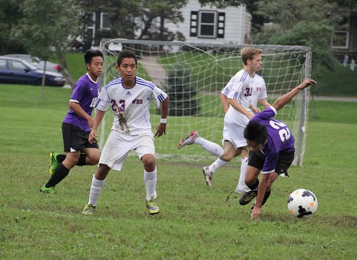 Washburn soccer player Franicisco Quitero