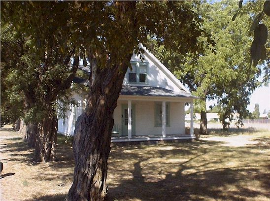 This is the Carl Walton home located on Jameison Road on the Moran Prairie. It was built at the turn of the century by the Walton Family which was one of the first homesteading families on the prairies.
