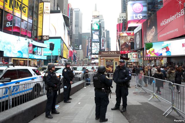 Security around the world on New Year eve