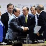 Global leaders approve landmark climate change deal