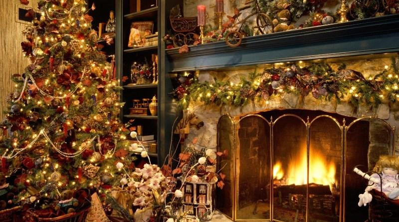 History of Christmas trees (desktopbackgrounds11.blogspot.com)