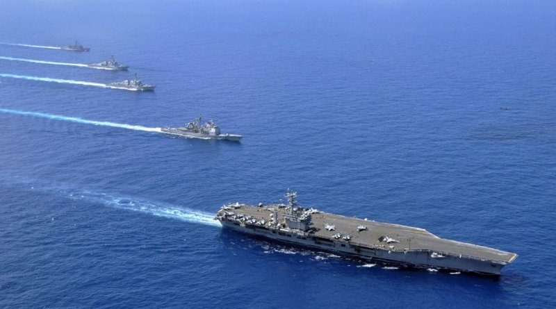 US aircraft carrier, destroyers head to South China Sea (Photo- www.businessinsider.com)