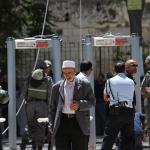 Israel removing metal detectors from sacred site