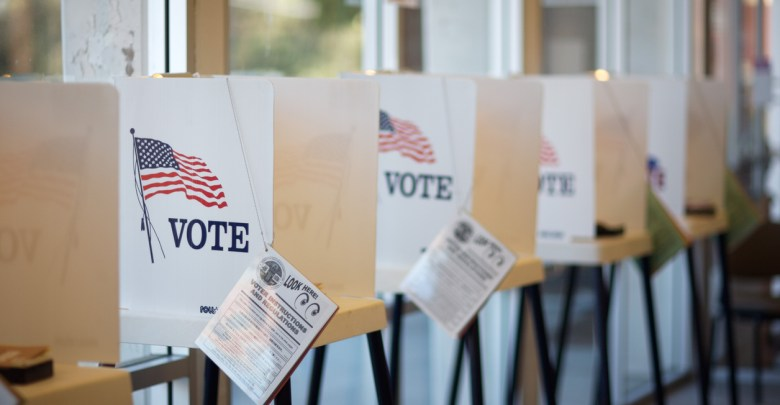 Voting booths at Hermosa Beach City Hall during California Primary /Photo: iStock
