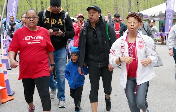 Participants start the walk/run in support of the March of Dimes' March For Babies at Watkins Regional Park in Upper Marlboro, Maryland, on April 28. (Demetrious B. Kinney/The Washington Informer)