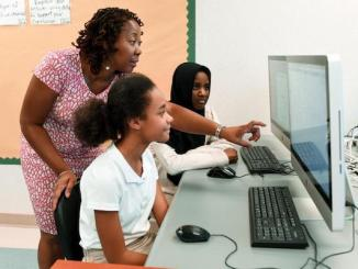At SPARK, students gain experience with basic programming and use their knowledge to create mobile solutions to community problems. (Courtesy of dc.gov)
